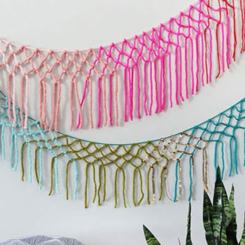 DIY macrame yarn girland