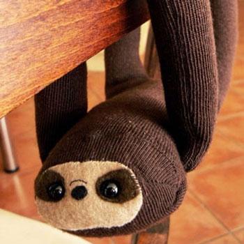 Zokni lajhár - puha plüssjáték zokiniból