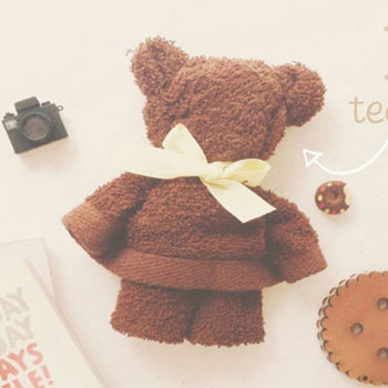 Adorable teddy bear gift from a small towel (washcloth)