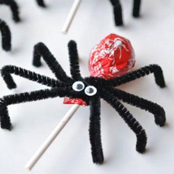 Nyalóka pókok - egyszerű halloween ajándékok gyerekeknek