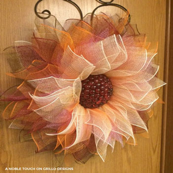 DIY Deco mesh fall flower wreath - wreath making tutorial