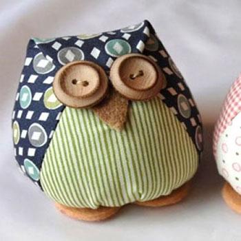 Textil baglyok gomb szemekkel egyszerűen (szabásmintával)