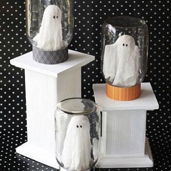 Szellemek a palackban - Halloween dekoráció befőttes üvegből