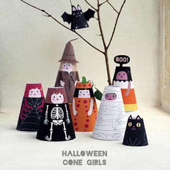 Paper cone dolls with Halloween costumes