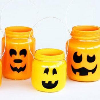 Töklámpások befőttes üvegből - egyszerű Halloween dekoráció