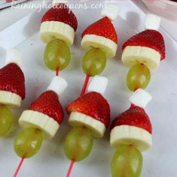 Grincs saslik gyümölcsökből - egészséges Mikulás desszert