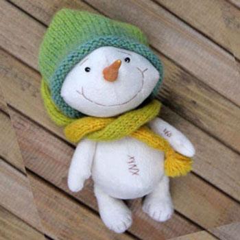 Aranyos hóemberes plüssök ( szabásmintával )