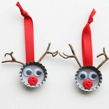 Rénszarvasos karácsonyfadíszek sörös kupakokból - újrahasznosítás