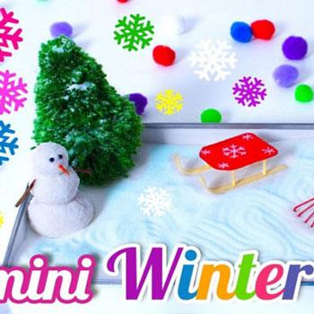 Miniatűr téli zen kert (homokdoboz) műhóval és hóemberrel