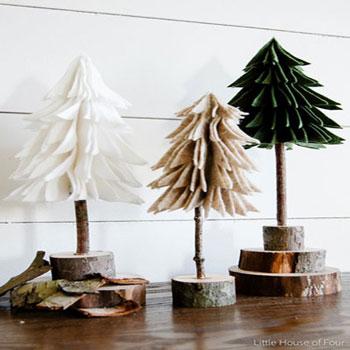 Rusztikus térbeli filc karácsonyfák farönk szelet talppal