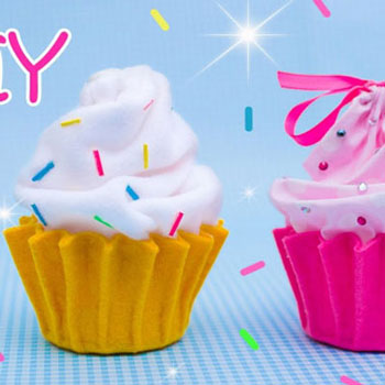 Sütemény ( cupcake ) alakú zsákok filcből