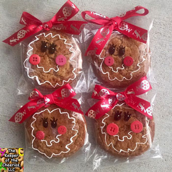 Gingerbread girls - creative cookie packaging