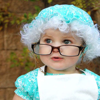 Granny costume - Halloween costume for kids with sewing pattern