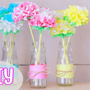 Gorgeous DIY paper napkin flowers in minutes