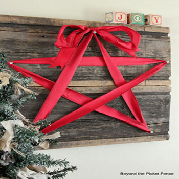 Szalag csillag falikép fából egyszerűen - kreatív karácsonyi dekoráció