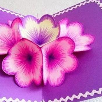 Szépséges térbeli tavaszi virágos pop-up képeslap papírból