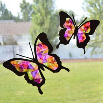 Lepkés ablakdísz selyempapírral - pillangós tavaszi dekoráció