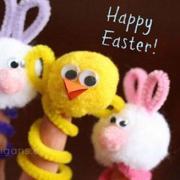 Húsvéti ujjbábok pipatisztítóból és pomponból (nyuszi és csibe)