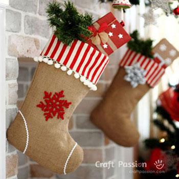 Karácsonyi zoknik zsákvászonból - varrási útmutató