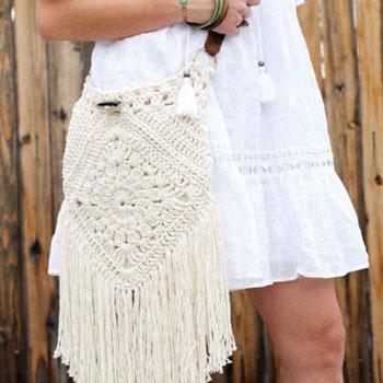 Boho - ethno rojtos horgolt fehér nyári /tavaszi oldaltáska