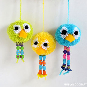 Pompom bird keychain or fun spring decor from yarn