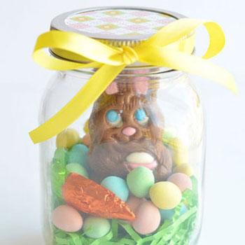 Egyszerű húsvéti nyuszis ajándékcsomag befőttes üvegből