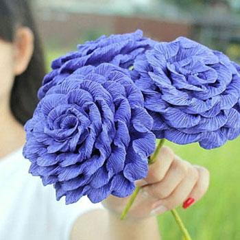 Gyönyörű rózsák krepp papírból egyszerűen házilag
