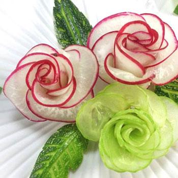 Díszítés uborka és retek rózsákkal egyszerűen  (zöldségfaragás)