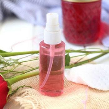 Rózsavíz készítése házilag egyszerűen (recept) - szépségápolás
