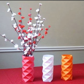Modern geometrikus váza borító papírból - filléres lakásdekoráció