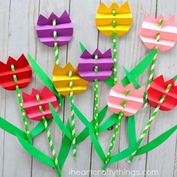 Egyszerű tavaszi papír tulipánok harmonika hajtással gyerekeknek