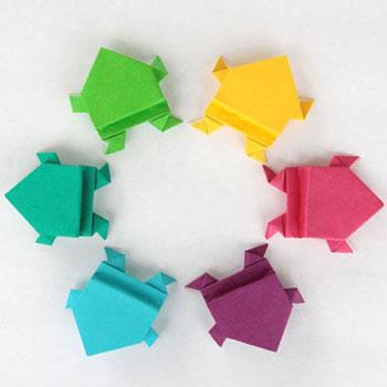 Vicces egyszerű ugráló papír béka - origami gyerekeknek