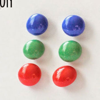 DIY candy dot earrings with glue gun - jewelry making