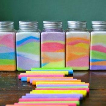 Színes dekorhomok sóból házilag egyszerűen