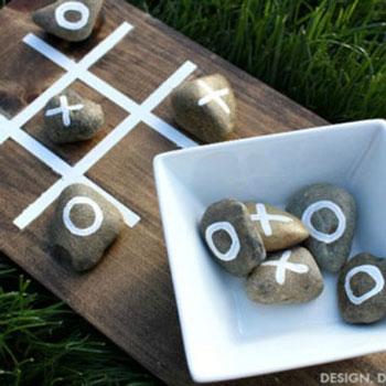 Amőba társasjáték kövekből - kavicsokból