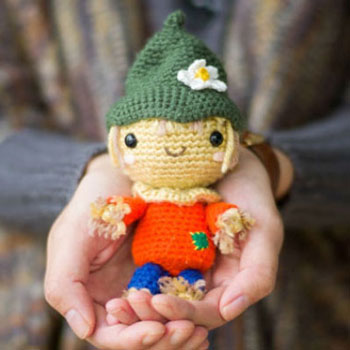 Adorable little amigurumi scarecrow - free amigurumi pattern