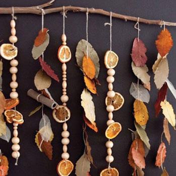 Illatos őszi függő dekoráció szárított naranccsal és fahéjjal