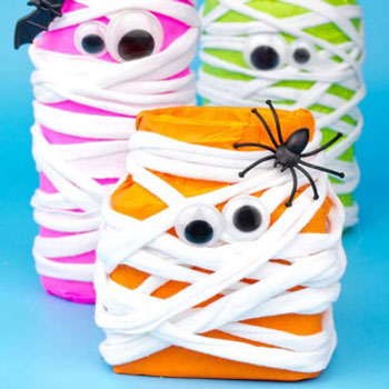 DIY Neon mason jar mummies - fun Halloween decor