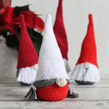 Horgolt karácsonyi manók - angol horgolásminta
