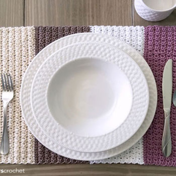 DIY crochet color block placemat ( free crochet pattern )