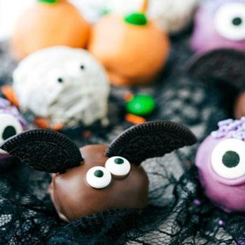 5 Vidám süti dekorálási ötlet Halloween desszert golyókra