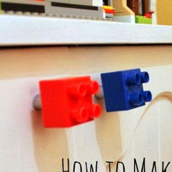 Gyerekszoba bútor fogantyú egyszerűen Lego Duplobol