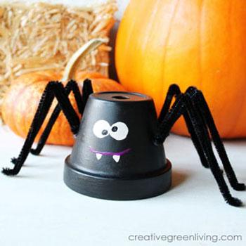 Pók kerámia kaspóból pipatisztítóval - halloween dekoráció gyerekeknek