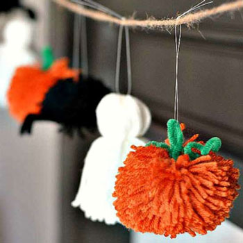 Easy DIY pompom Halloween garland ( yarn ghost, spider & pumpkin)