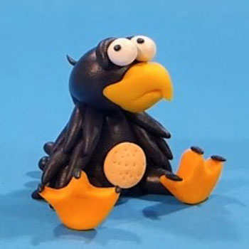 Adorable sitting raven - step by step polimer clay tutorial