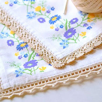 Crocheted borders -  spice up your boring tablecloth
