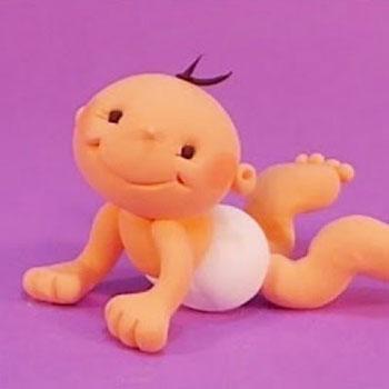 Aranyos fekvő baba figura ( gyurma figura készítés lépésről-lépésre)