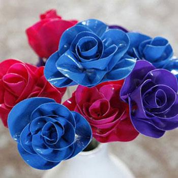Virágok ragasztószalagból