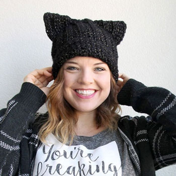 Crochet black cat slouch hat (free crochet pattern)