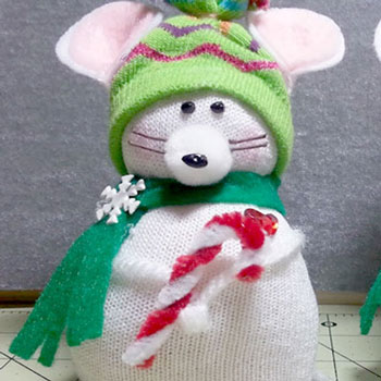 Karácsonyi zokni egér - kreatív újrahasznosítás (varrás nélkül)